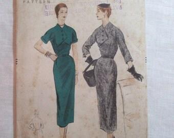 """Antique 1953 Vogue Pattern #8150 - size 30"""" Bust"""