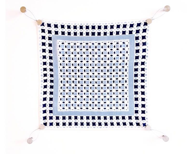 foulard en kit de suspension foulard herm s suspendu kit kit. Black Bedroom Furniture Sets. Home Design Ideas