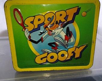 vintage 1980's Aladdin industries Walt Disney Sport Goofy metal lunch box lunchbox