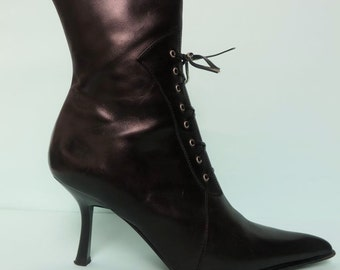 Vintage Victorian Style Black Leather Boots/Black Leather Pointed Toe Lace Up Boots/Victorian Style Black Lace Up Boots/Mano/6 M