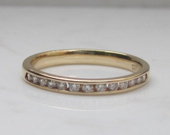 Estate Diamond Channel Set Wedding Anniversary Stackable Band in 14k Solid Yellow Gold, Size 7