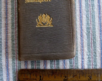 Leather Small Book MERCHANT OF VENICE  By William Shakespeare Knickerbocker Leather and Novelty Co.  Literature 1925