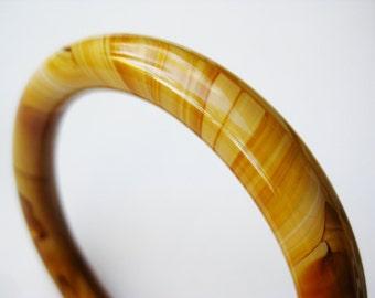 Vintage Mottled Brown Art Glass Swirled Bangle Bracelet