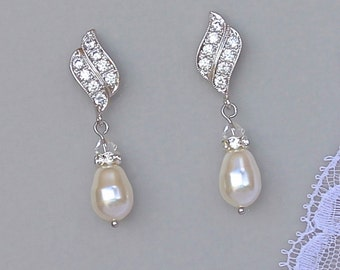 Crystal Pearl Bridal Earrings,  Bridal Drop Earrings, Chandelier, Pearl drop Earrings, Bridal Jewelry, Wedding Jewelry, Bridesmaids Jewelry