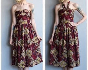 20% Sale 1950s Dress // Bali Sun Batik Dress // vintage 50s convertible halter/strapless dress