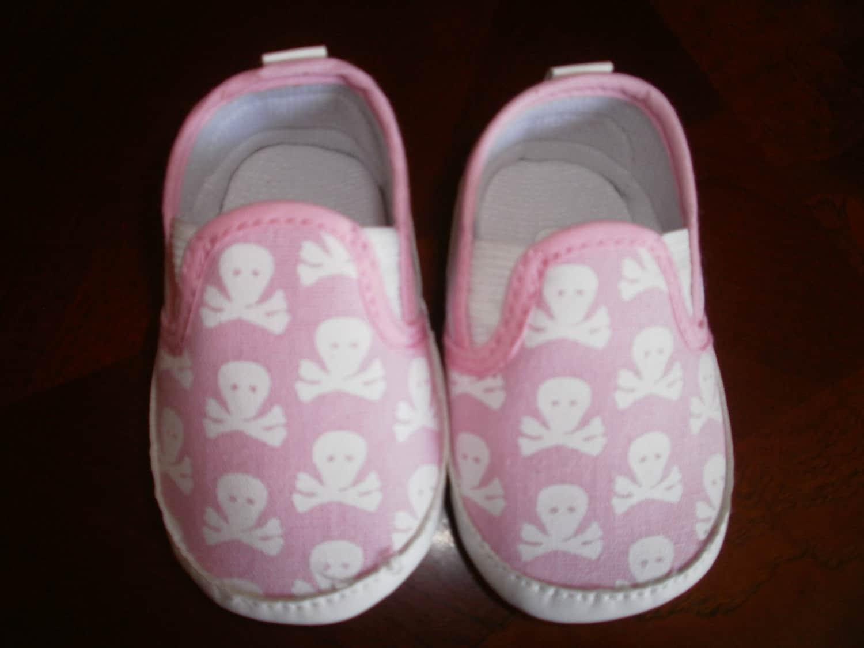 baby skull crib shoes canvas shoes black canvas skulls