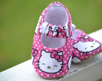 Hello Kitty soft sole baby shoes