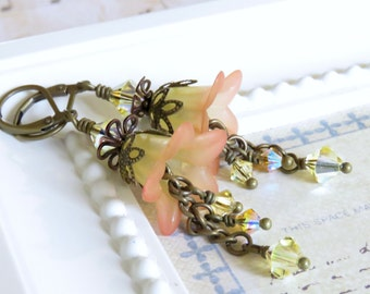 Peaches and Cream Lucite Flower Earrings