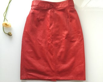 90s red leather high waisted pencil skirt size S