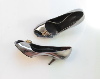 SALE // Giuseppe Zanotti Metallic Peep Toe High Heels // Vintage Designer Chrome Silver Pumps // Womens Shoe Size 8