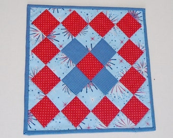 Quilted Table Topper Independence Day , 4th of July Table Runner, Patriotic Table Topper, Red White Blue, Fireworks, Stars, Americana Topper