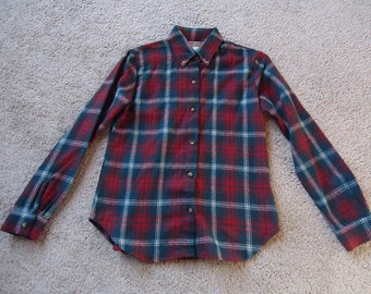 XMAS Red & Green Wool Plaid Vintage 1980's Women's Blouse Shirt Flannel S M