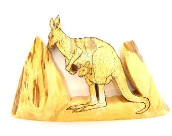 Kangaroo, Kangaroo Art, Kangaroo Sculpture, Wood Kangaroo, Wooden Kangaroo, Australia, Marsupial, Joey, Woodcraft, Outback, Wallaby, Animal