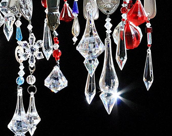 Vintage Prism Crystal Dinnerware Christmastime Ornaments Ornamental Tree Icicle Antique Tinsel Elegant Bold Luxurious Style Ornamet Cristmas