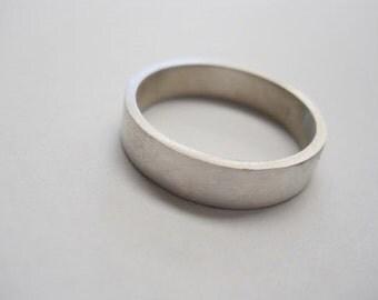mens ring 5mm wide mens band wedding ring 5mm wedding band modern wedding ring