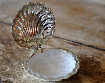 Vintage Silverplated Scallop Shell Condiment Dish with Glass Insert