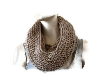 Knit Hooded Scarf, Chunky Infinity Cowl, Womens Wool Cowl, Wool Snood, Oversized Snood, Oversized Cowl