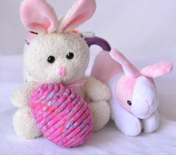 Sale... Easter Egg Ornament, Handmade Pink Easter Egg Decoration, Easter Bowl Filler, Hand Coiled Fiber Easter Egg, Hot Pink Easter Egg
