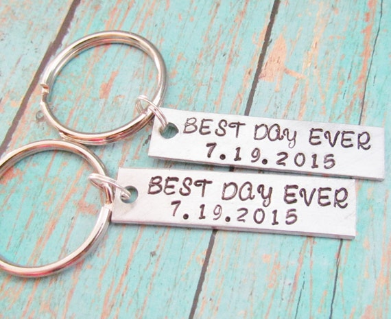 SET of 2 Couples Key Chain Best Day Ever DATE WEDDING Keychains Hand Stamped Personalized Anniversary Engagement Bridal Shower Gift