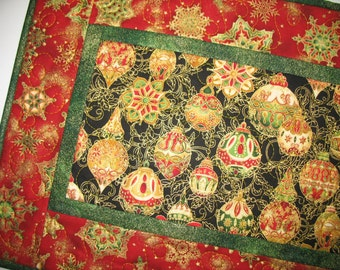 Christmas Table Runner Quilted  from Kaufman Flourish Line
