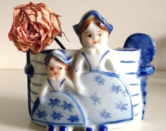 Japan Dutch Girls Trinket Dish