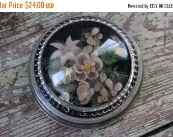 SHOP SALE Vintage Magnifying Glass Paperweight with Floral Shell Fauna