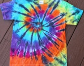 Kids classic tie dye tee shirt with black accents