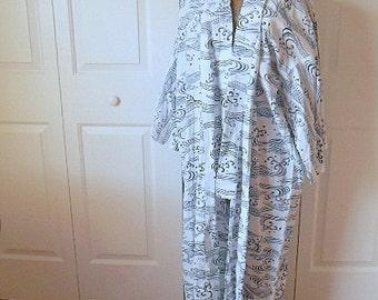 Vintage white and blue Cotton maxi length Kimono