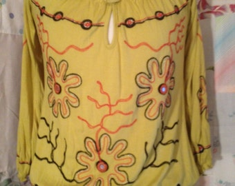 SMALL, Top Flowerchild Hippie Embroidered Yellow Boho Top