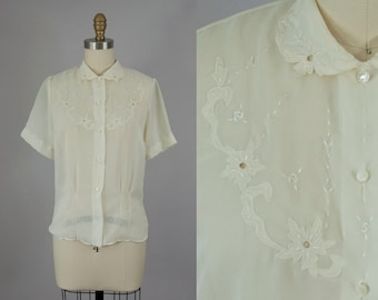1960s Vintage Sheer Ivory Floral Embroidered Collar Blouse (M)