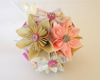 Free Shipping! Paper Flower Bouquet / Paper Wedding Bouquet / Handmade Flowers / Paper Bridal Bouquet / Kusudama Bouquet / Paper Bouquet /