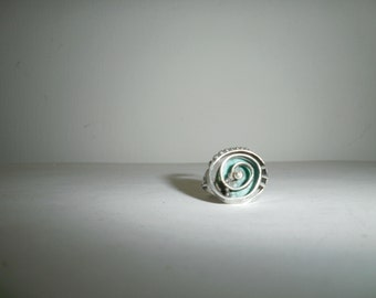 vintage handcrafted Poran silver 925 turquoise  very beautiful shell like design