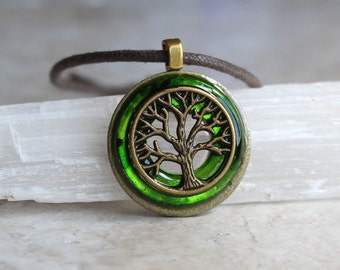green tree of life necklace, cord necklace, mens necklace, mens jewelry, boyfriend gift, celtic necklace, nature necklace, elven jewelry