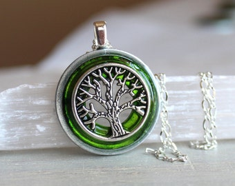 green tree of life necklace, unique gift, celtic jewelry, elven jewelry, nature necklace, oak tree, wiccan jewelry, fantasy jewelry