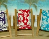 Small Hibiscus Pink Turquoise Flower Cell Phone Chair Mamakohawaii