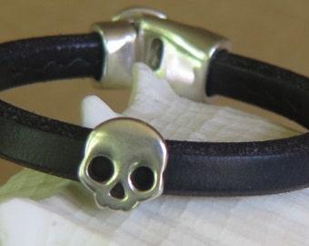 Thick Leather -  Black Bracelet - Silvertone Skelton - Skull  Head -  Silvertone  Accent Bead - Silvertone Clasp
