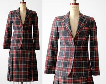 FREE SHIP  vintage 70s Pendleton skirt suit, wool plaid skirt and blazer set