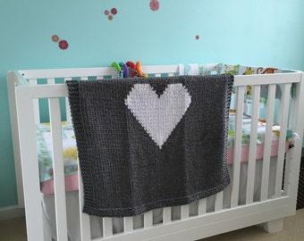 Heart baby blanket, hand knit nursery blanket