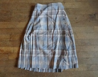 Vintage English Wool Edinburgh Woollen Mill blue grey red classic tartan long skirt kilt size UK 10 circa 1980's / English Shop