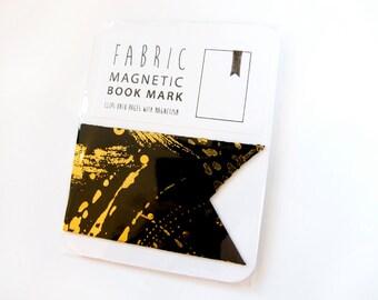Magnetic bookmark - gold/black
