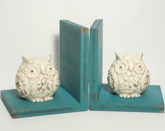 Wise Owl Figurines Set of Bookends//Available in a Variety of Colors//Owl Book Ends//Farmhouse Decor//French Country//Shabby Chic//Handmade