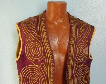 Vintage Men's Hippie Gypsy Pirate Embroidered Vest Waistcoat sm/med.