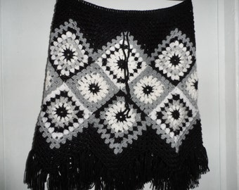 Crochet 1960-s hippie style bohemian black white gray granny square puff stitch flowers  girls hippie boho skirt with fringe Size S OOAK