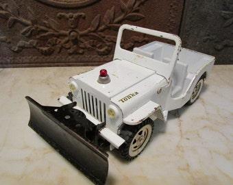 Vintage white 'TONKA' JEEP' with snow plow!
