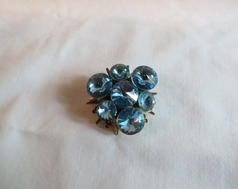 """Vintage 1 1/4"""" Triangle Blue Topaz Pin, pin, vintage, blue, triangle"""