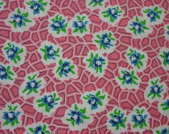 Pretty Vintage Full Feedsack Fabric Pink Background Lg. 36 x 44""