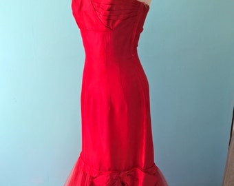 Orignal vintage 1950s red taffeta Mermaid dress