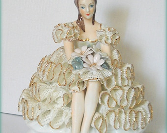 Beautiful Lady Figurine Roceram Made in Rumania European Flair Porcelain White Laced Dress Ruffled with Gold Trim Holding Bouquet