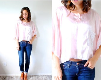 20% OFF VALENTINES SALE Vintage boho silk lace crop top // pink silk blouse // slouchy top // summer boho blouse // silky pink blouse // nig