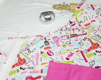 Hair Stylist Adult Apron with hot pink pocket